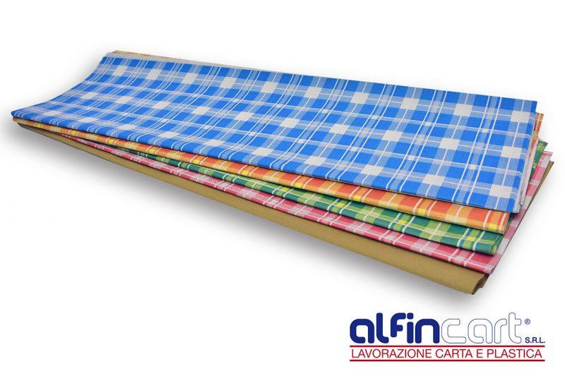 Nappes jetable en papier gaufré de couleur pour professionnels de la restauration.
