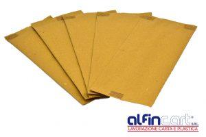 Porte couverts en papier idéal pour les plateaux repas.